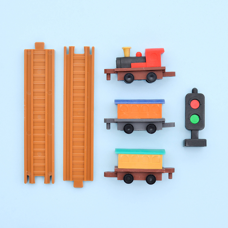 Japoniškų trintukų dėlionių IWAKO rinkinys Locomotive Set